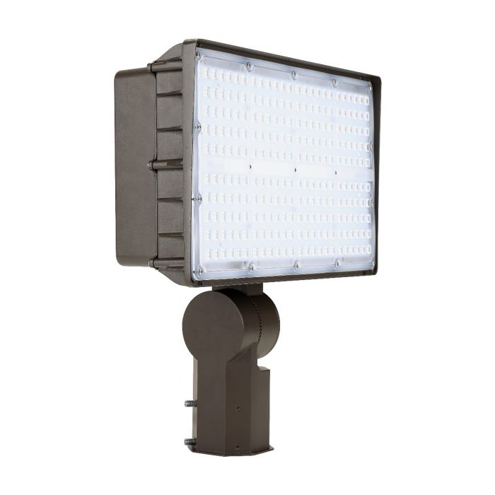 Liron  Lighting LEDXLFL135W 135 Watt LED Square Flood Light Fixture 120-277V - 400W HID Equivalent