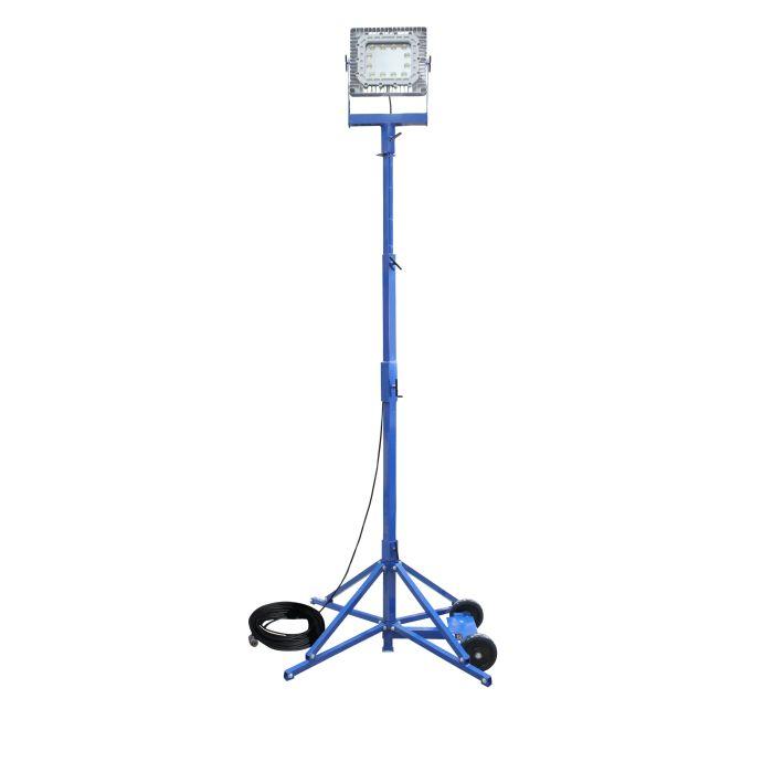 Main Image 150 Watt Portable Explosion Proof Quadpod Mount Single LED Light Fixture Tower with 100 Foot Cord 120-2777V 5600K