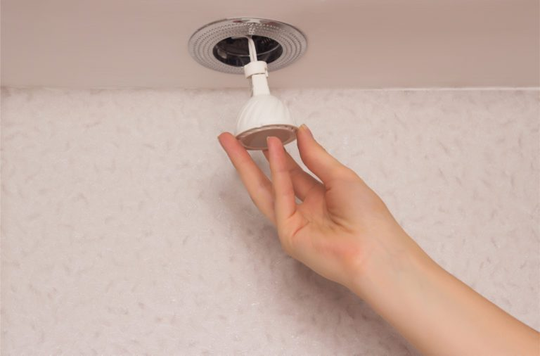 The Pros and Cons of Recessed Lighting